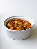 Chicken stew with carrots and lentils
