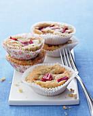 Mini rhubarb cakes