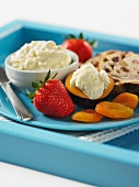 Cream cheese with fruit and raisin bread