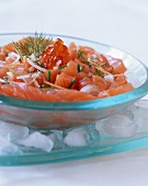Salmon tartar with caviar and onions