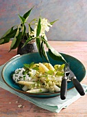 White asparagus with elderflowers and herb cream cheese