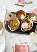 Chickpea stew with lemon and yogurt