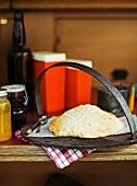 Damper (Australian bread)