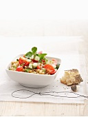 Spelt salad with tomatoes, cucumbers and mint