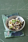Spaghetti vongole with Asian aromas