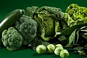 Green vegetables (broccoli, Brussels sprouts, savoy cabbage, courgettes, lettuce)