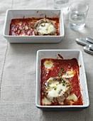 Portobello mushrooms with mozzarella and tomato sauce