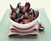 Mussels in a herb broth