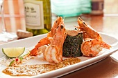 Shrimp with Seaweed Salad and Curry Sauce