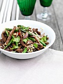 Stir-fried beef with beans and bean sprouts
