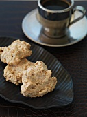 Gluten-free nut meringues and coffee