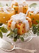 Mini parcel-shaped cakes