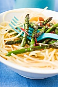 Spaghetti with asparagus, ginger and soy sauce