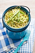Spaghetti with asparagus pesto
