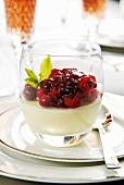 Vanilla panna cotta with berries