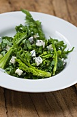 Cabbage thistle salad with blue cheese