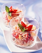 Bulgur salad with fruit and mint