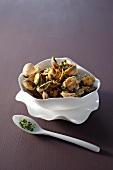 Vongole con la gremolata (clams with gremolata)
