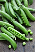 Pea pods and peas