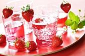 Strawberry lemonade and fresh strawberries