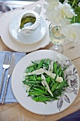 Bean salad with mange tout and cheese