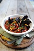 Zuppa di cozze (Muschel-Tomaten-Suppe, Italien)