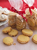 Almond biscuits as a gift