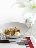 Apple strudel with cream (Christmas)