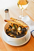 Mussels in a Garlic Broth with Grilled Bread