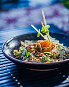 Noodle salad with prawns and peanuts