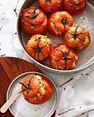 Gefüllte Tomaten mit Risotto