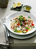 Frutti di mare all'amalfitana (seafood and beans)