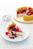 Cold cream cheese cake with berries