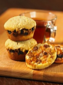 Dried fruit muffins and jam
