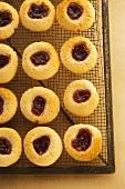 Thumbprint Cookies (Plätzchen mit Marmelade)