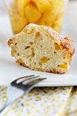 Pfirsich-Muffin und Pfirsichkompott