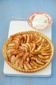 Apple tart with cream