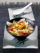 Pointed cabbage with vegetables and lemongrass