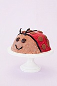 Marienkäfer-Eiskuchen für die Kinderparty