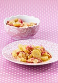 Potato salad with red onions