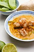 Turkey with mange tout (Asia)