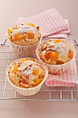 Apricot muffins with corn semolina