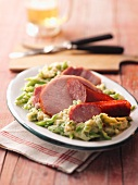 Meat platter with broad beans (Cologne)