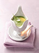 Spinach and coconut sauce