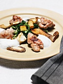 Veal sweetbread with mushrooms, spinach and potatoes