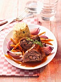 Beef roulade with onions and carrots