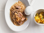 Turkey ragout with dittany