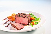 Grilled beef fillet with shallots
