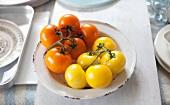 Tomaten, gelb und orange