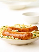 Poultry sausages with pasta
